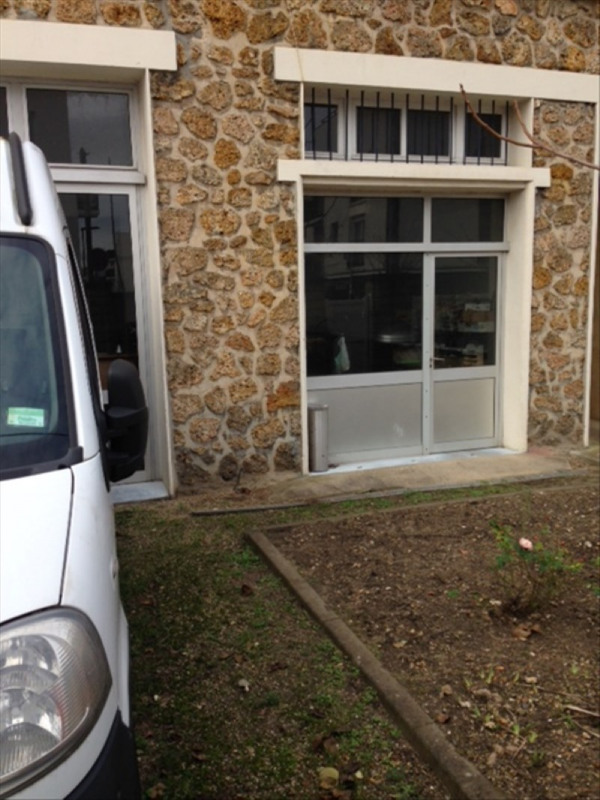 Sale building Nanterre 740000€ - Picture 3