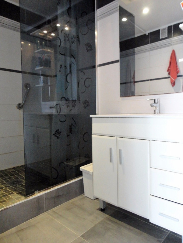 Sale apartment Saint-martin-d'hères 143000€ - Picture 6