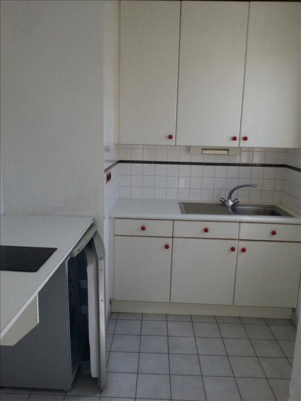Location appartement Vendome 324€ CC - Photo 3