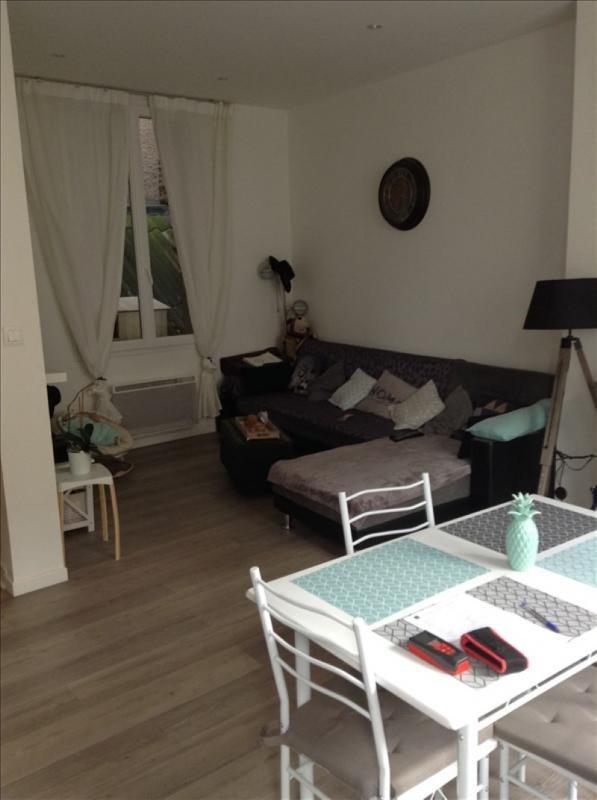 Location maison / villa St quentin 620€ CC - Photo 2