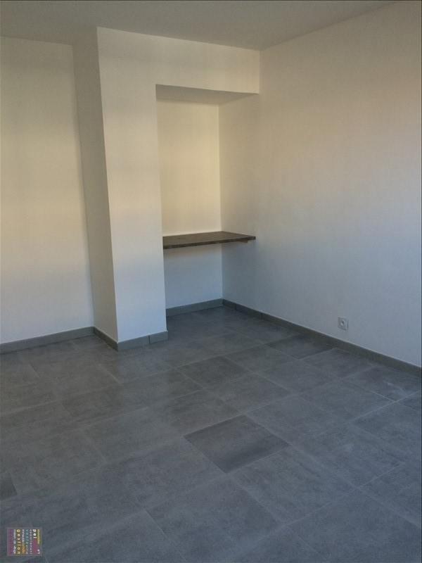 Rental apartment Salon de provence 830€ CC - Picture 4