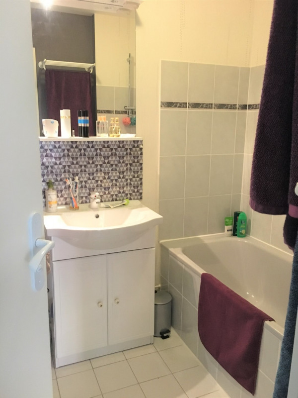 Location appartement Beauchamp 787€ CC - Photo 8