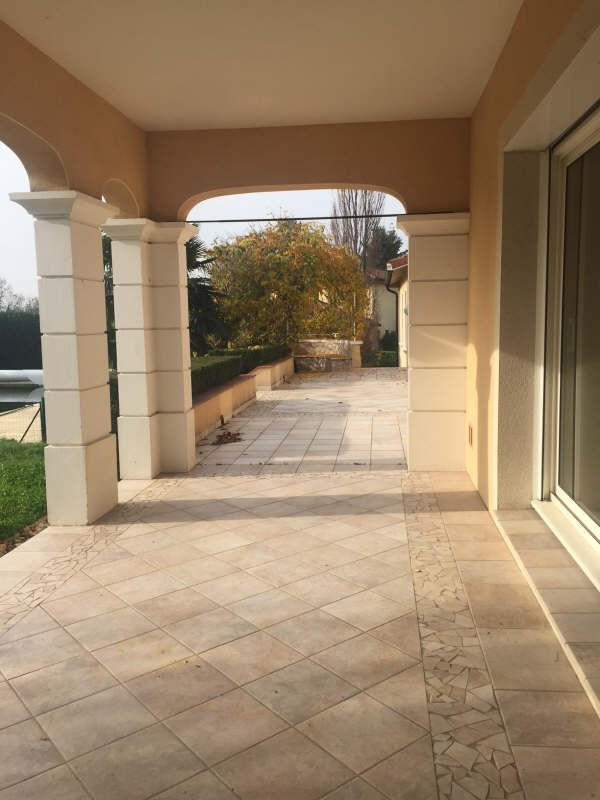 Rental house / villa Genay 2 500€ CC - Picture 3
