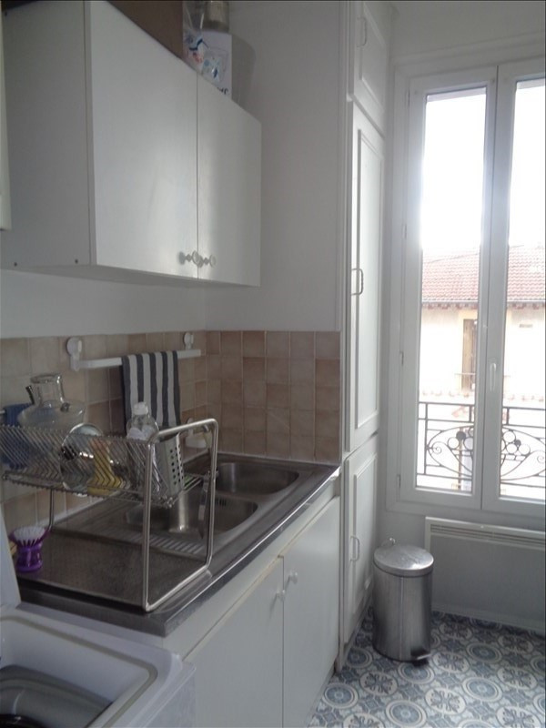 Rental apartment Villeneuve le roi 550€ CC - Picture 3
