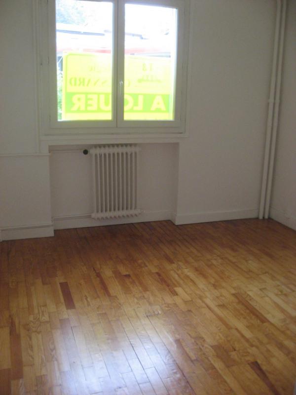 Rental apartment Oullins 625€ CC - Picture 3