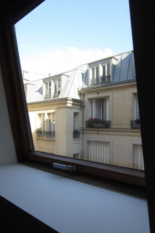 Rental apartment Paris 9ème 1590€ CC - Picture 11
