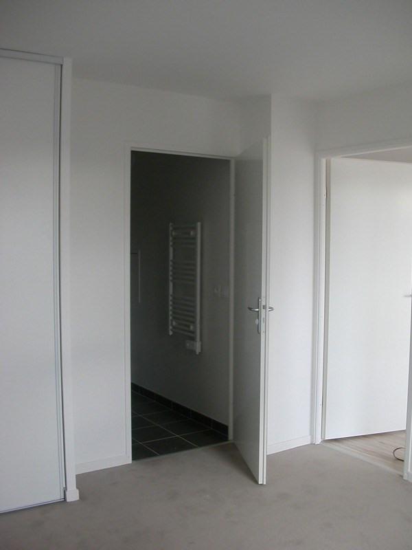 Location appartement St cyr l ecole 789€ CC - Photo 4