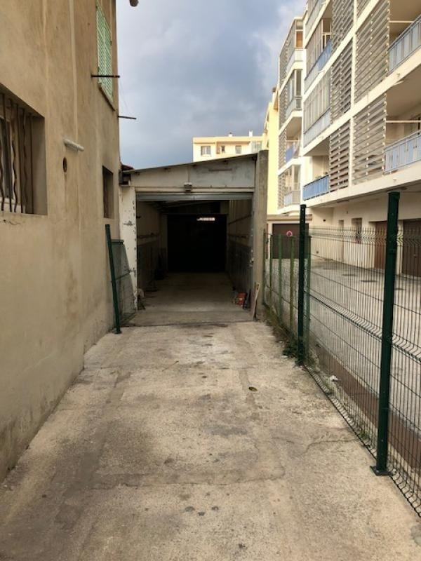 Location loft/atelier/surface La seyne sur mer 720€ CC - Photo 1