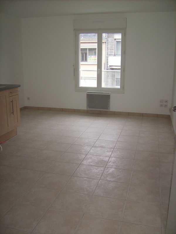 Location appartement St lo 393€ CC - Photo 2