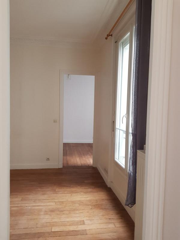 Rental apartment Paris 14ème 1101€ CC - Picture 1