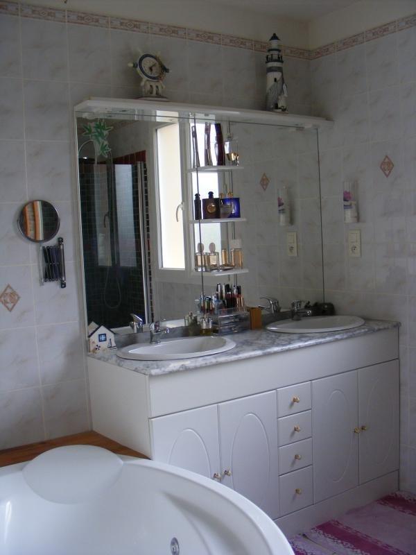 Vente maison / villa Neuilly le real 165000€ - Photo 10
