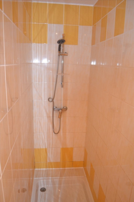 Rental apartment Puyricard 735€ CC - Picture 2