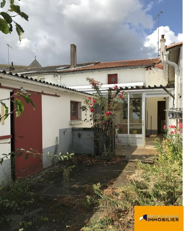 Sale house / villa Villedieu la blouere 80940€ - Picture 1