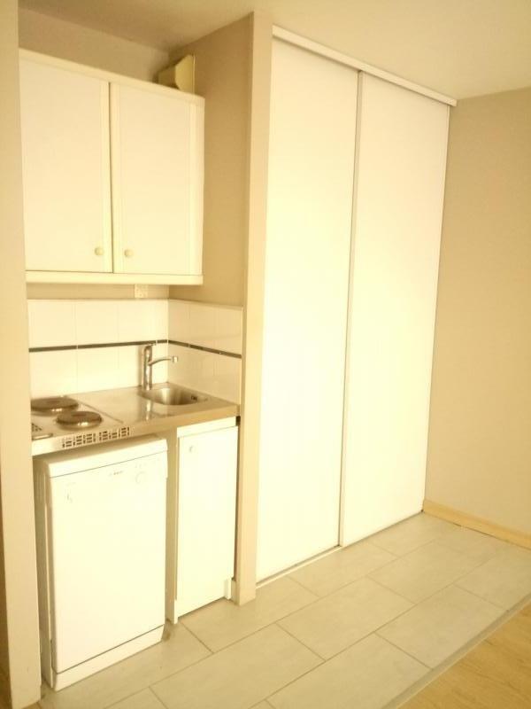 Rental apartment Bougival 580€ CC - Picture 3