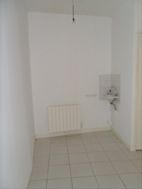 Location local commercial Liancourt 583€ HT/HC - Photo 5