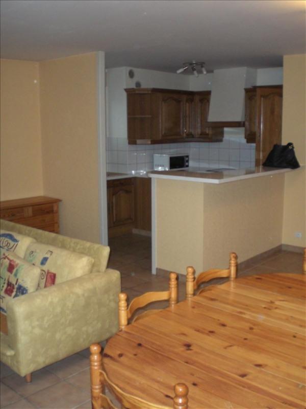 Rental apartment Ornex 1270€ CC - Picture 3
