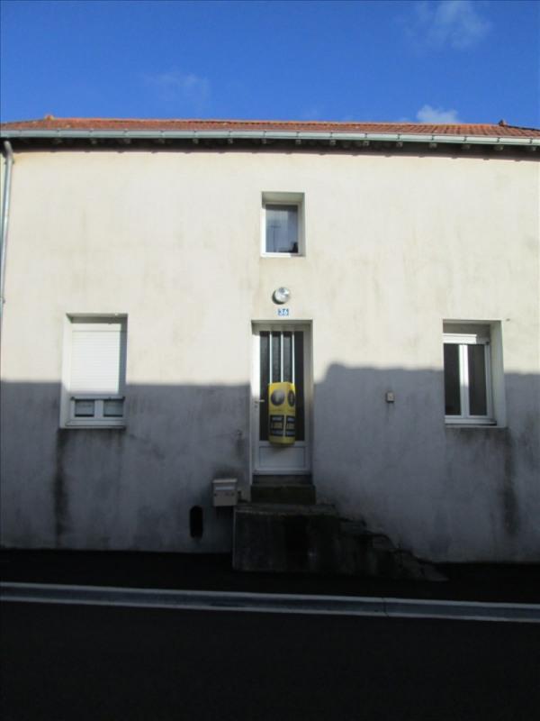 Location maison / villa Geste 460€ CC - Photo 1