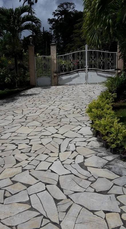 Vente de prestige maison / villa Gourbeyre 553850€ - Photo 5