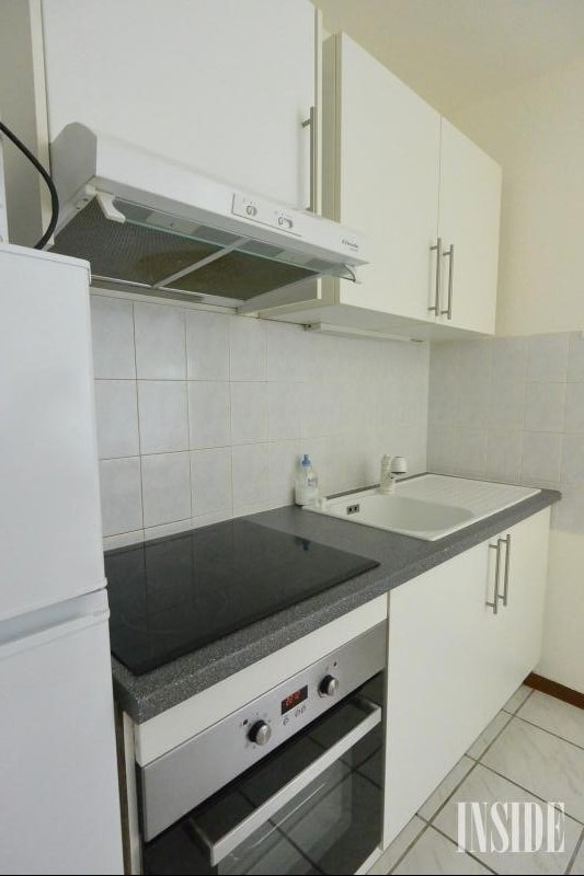 Investment property apartment Ferney voltaire 250 000€ - Picture 3