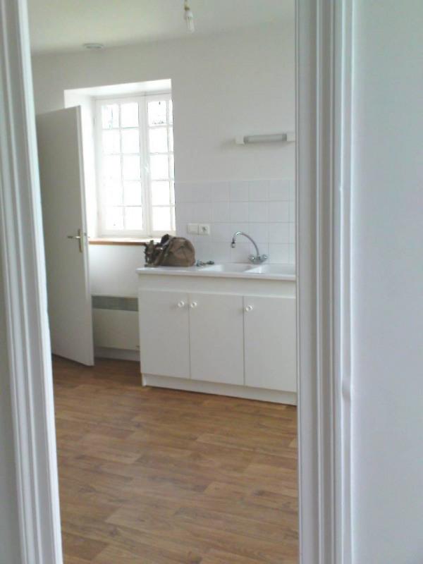 Location maison / villa Matha 472€ CC - Photo 3
