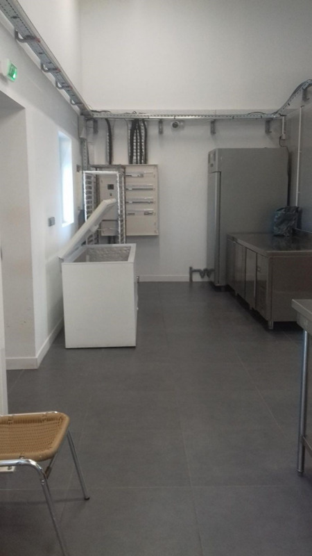 Commercial lease transfer shop Vedene 85 000€ - Picture 8
