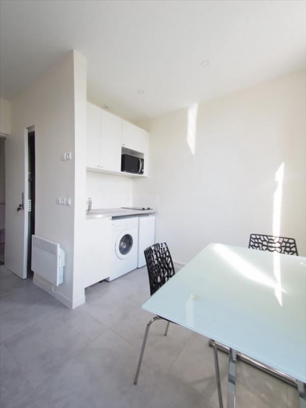 Location appartement Clamart 735€ CC - Photo 2