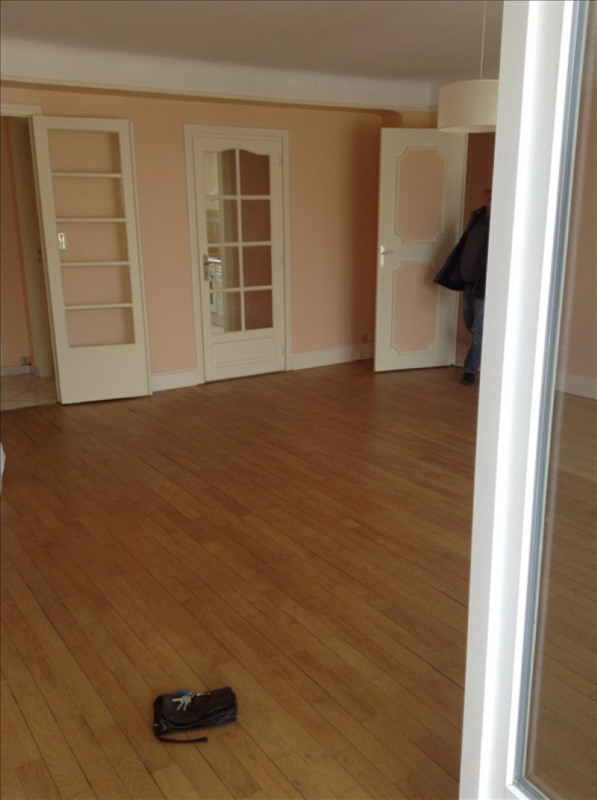Rental apartment St quentin 950€ CC - Picture 5
