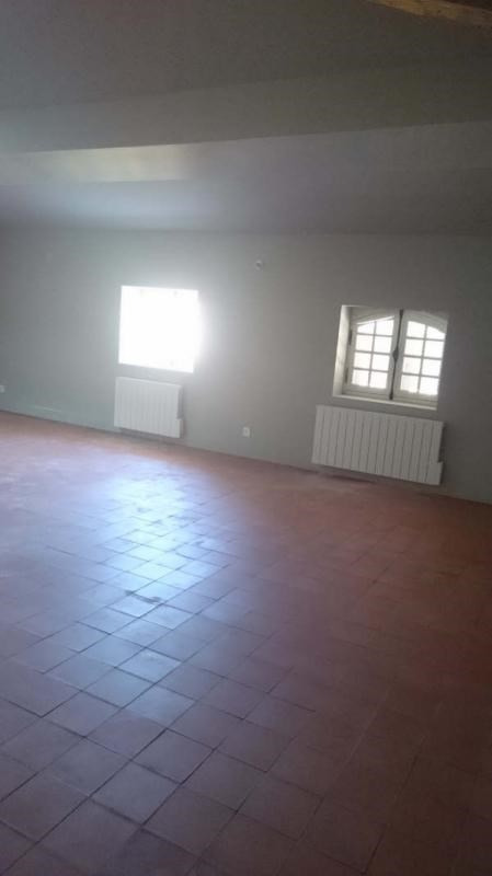 Location appartement Nimes 1 065€ CC - Photo 3