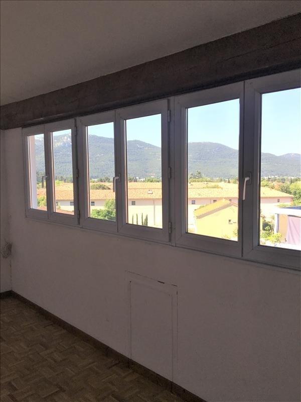 Location appartement Gemenos 800€ CC - Photo 3