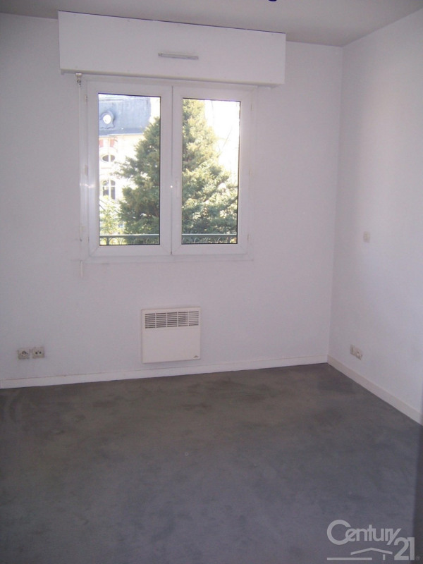 Location appartement Caen 357€ CC - Photo 2