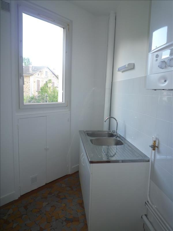 Rental apartment Villemomble 855€ CC - Picture 3