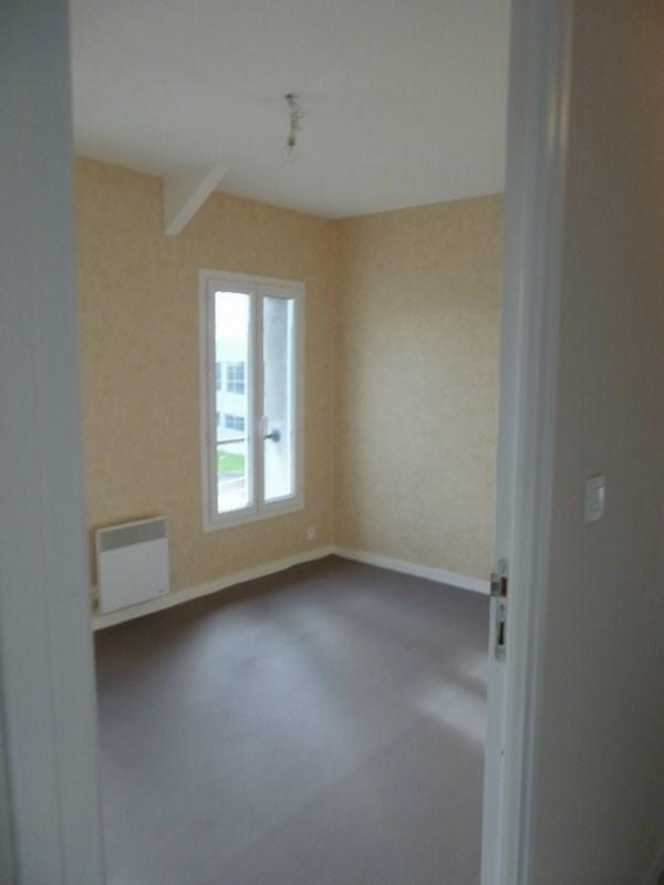 Rental apartment Coutances 410€ CC - Picture 2
