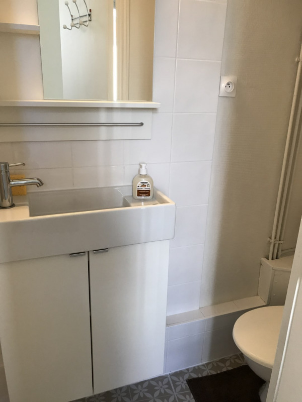 Location appartement Neuilly 1100€ CC - Photo 9
