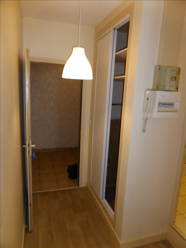 Rental apartment Auxerre 365€ CC - Picture 2