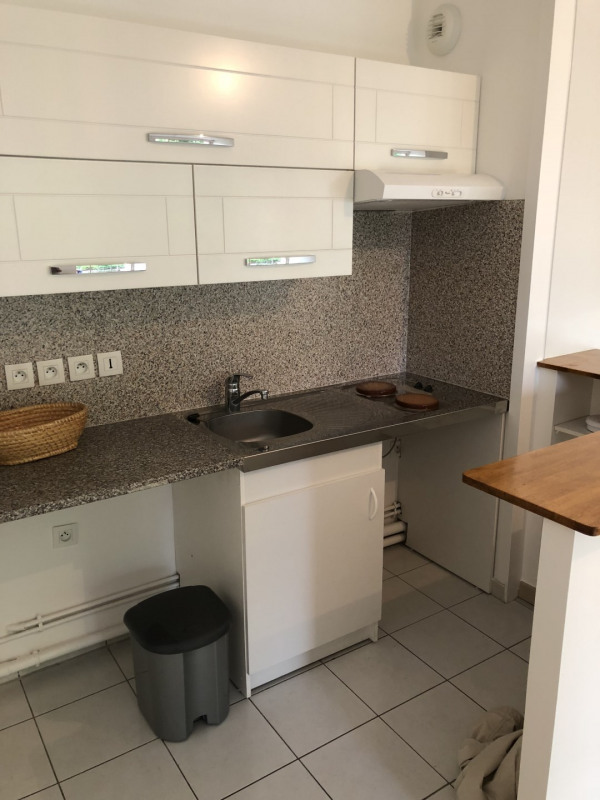 Rental apartment Le plessis-trévise 720€ CC - Picture 3
