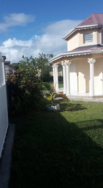 Vente maison / villa Capesterre belle eau 279500€ - Photo 2