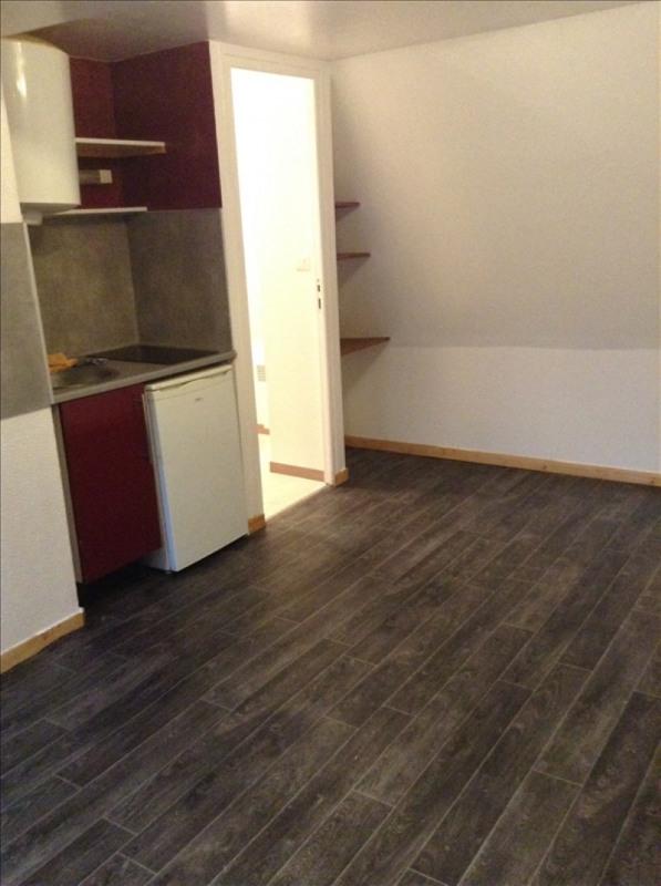 Rental apartment St quentin 335€ CC - Picture 2