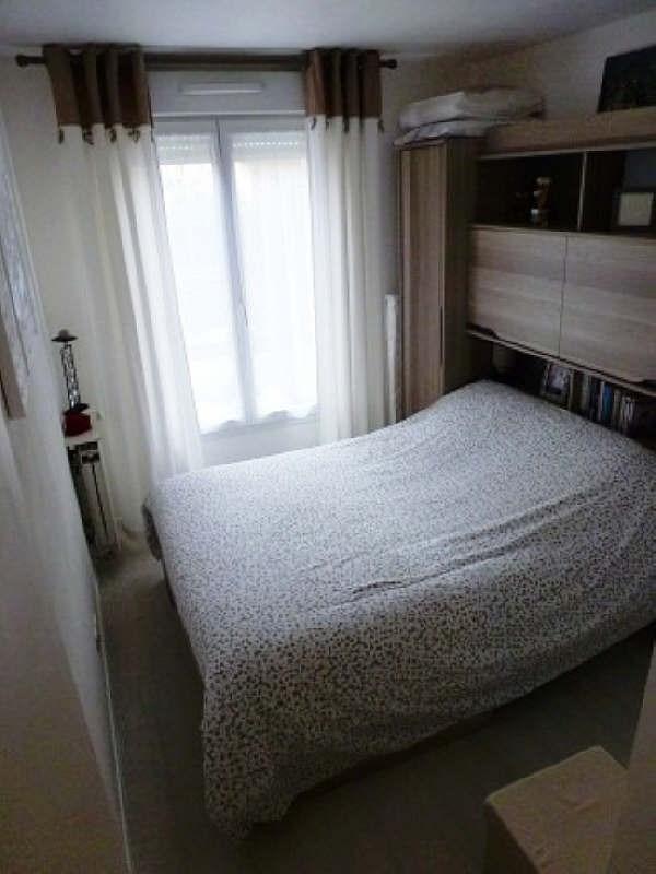 Rental apartment Elancourt 834€ CC - Picture 4