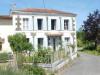 5pièces - 134 m² Maison avec travaux, avec une SH. 134m². Située dans un magnifique cadre à côté d'un étang et d'une ...