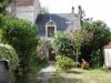 3pièces - 68 m² Maison de bourg offrant cuisine, séjour, salle d'eau, WC; àl'étage: 2 chambres, dépendance avec une ...