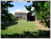 6pièces - 96 m² Proche de Uzes, Axe Alès/Uzès: maison de village à rénover avec cour et terrain non-attenant ...