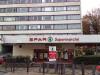 - 721 m² Local commercial libre de toute occupation (actuellement occupé par un supermarché) composé de: 298 ...
