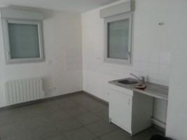 Rental apartment Lyon 8ème 802€ CC - Picture 6