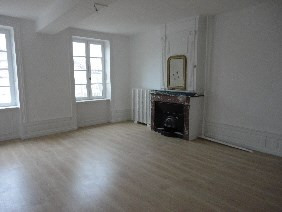 Location maison / villa Bully 782€ +CH - Photo 2