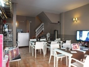 Location local commercial Roses centre 1 667€ HC - Photo 4