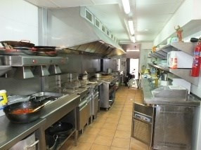 Location local commercial Roses centre 1 667€ HC - Photo 9