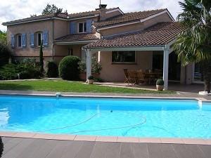 Location maison / villa Pibrac 2315€ CC - Photo 2