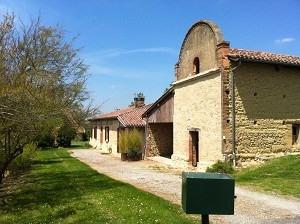 Location maison / villa Endoufielle 900€ +CH - Photo 1