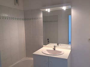 Location appartement Leguevin 483€ CC - Photo 4