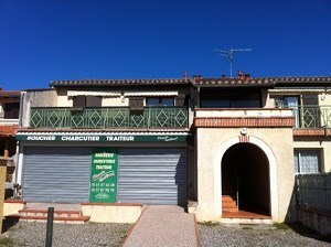 Location local commercial Leguevin 966€ CC - Photo 1